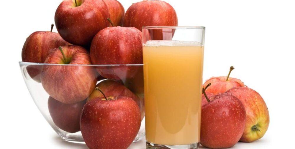 4 beneficios del jugo de manzana (y 5 desventajas)