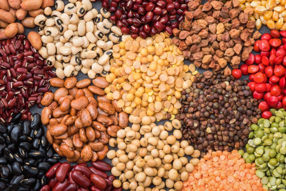 Se pueden consumir algunos granos enteros y legumbres